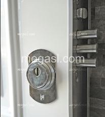 Puerta, acorazada grado antiefracción alto