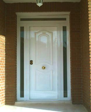 Puerta acorazada lacada, con fijos