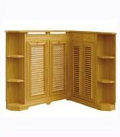 Mueble especial a medida, cubrerradiador en esquina rematado por baldas en angulo de 45º