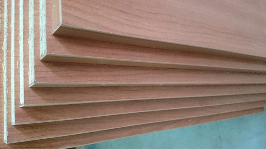 Corte y canteado de tableros en vallecas madrid mega sl - Corte de madera a medida ...