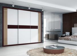 Frente de armario combinando diferentes colores de cristal lacado, blanco y marrón