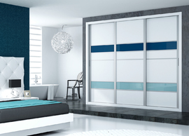 Frente de armario corredera combinando blanco con bandas azules en dos tonos