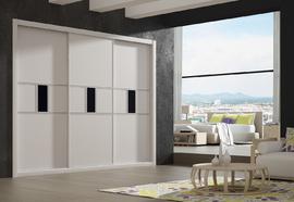 Frente de armario lacado en blanco con detalles en cristal lacado negro