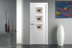 Puerta Vidriera lacada blanco modelo Mara